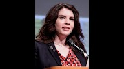 SUCCESS STORY OF STEPHENIE MEYER - TWILIGHT