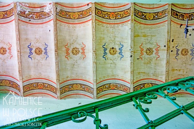 Włocławek: malowana klatka schodowa