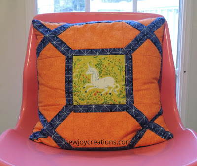 Amazing rows pillow cover