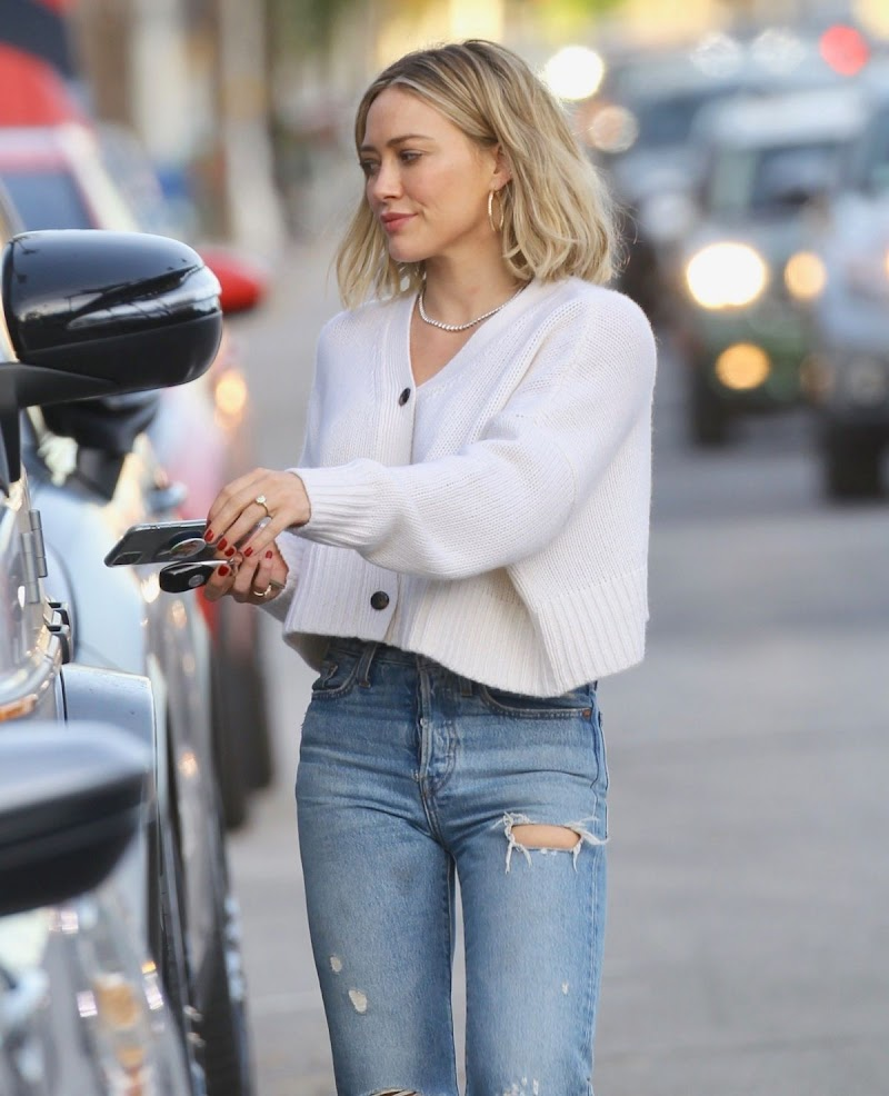 Hilary Duff Clicked Outside in Studio City 16 Dec-2019