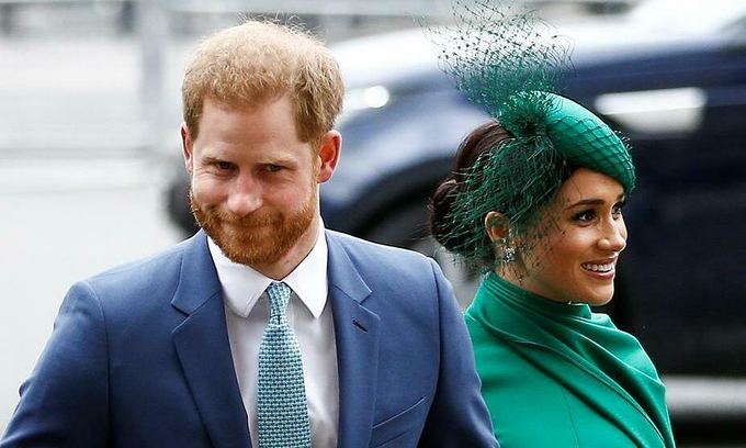 Records from emails also indicate that RCMP is concerned about spending too much on the Duke and Duchess guards of Sussex and drawing media attention. (Source: Reuters)