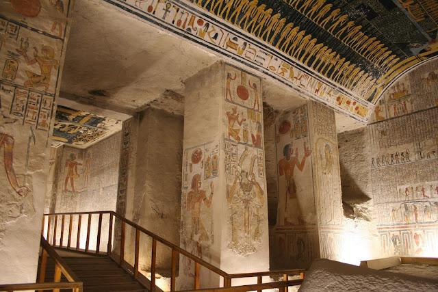 Tumba 9 del Valle de los Reyes, Egipto