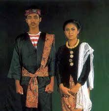 Nama-Pakaian-Adat-Tradisional-Jawa-Timur