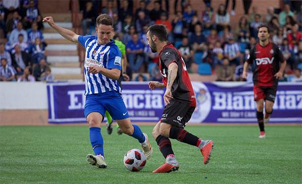 SD Ponferradina vs SD Huesca 0h15 ngày 2/2 www.nhandinhbongdaso.net