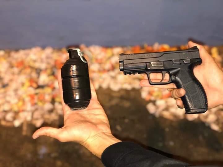 Resultado de imagem para Criminosos são presos com granada artesanal em Belford Roxo
