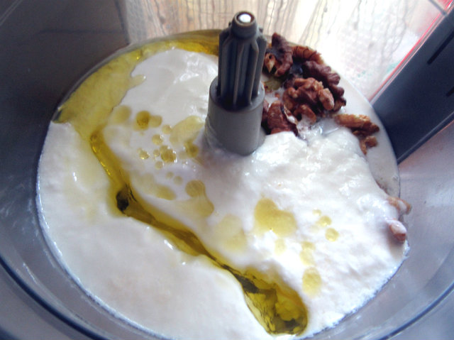 Chilled cucumber soup by Laka kuharica: mix yogurt and walnut