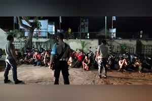 Polisi bubarkan balap liar di Lombok Barat, 13 motor diangkut