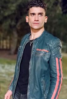 Jaime Lorente en 'Élite', serie española de Netflix
