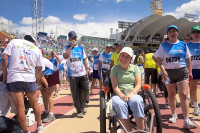 Gaby una chica que nacio con paralisis cerebral y su lucha por conseguir sus sueños esta cambiando muchas  vidas.