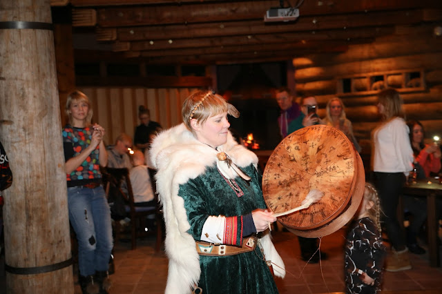 A Lappish performer at Kontiouola restaurant