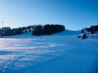 Ośrodek narciarski Czorsztyn Ski, góra Wdżar, trasa niebieska nr 1