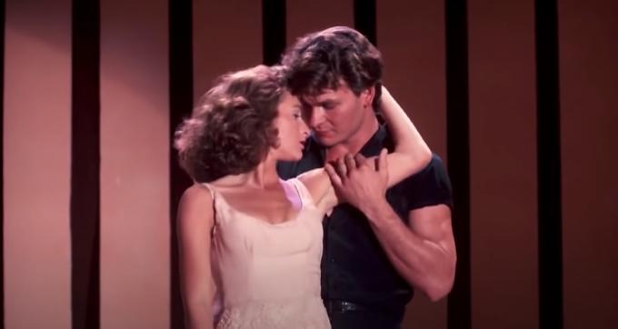 DIRTY DANCING: La historia de como un señor desvirga a una adolescente a ritmo de mambo