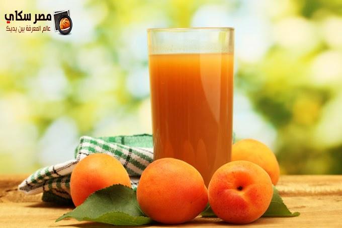 3 طرق لعمل الشراب الطبيعي من الفاكهة بصورة مركزة