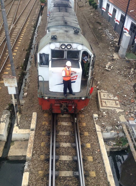 Kereta Sukabumi - Cigombong Beroperasi Kembali