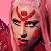 """Lady Gaga voltou para acabar com sua vida com o clipe de """"Stupid Love"""""""
