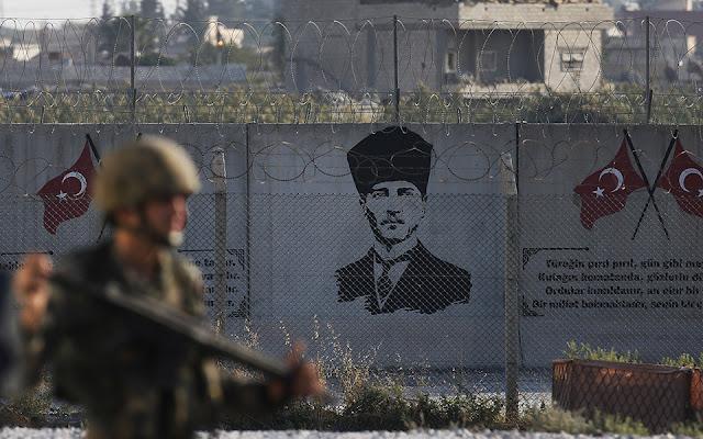 Στρατιωτικά οθωμανικά εμβατήρια στα μεγάφωνα τουρκικών μεθοριακών πόλεων