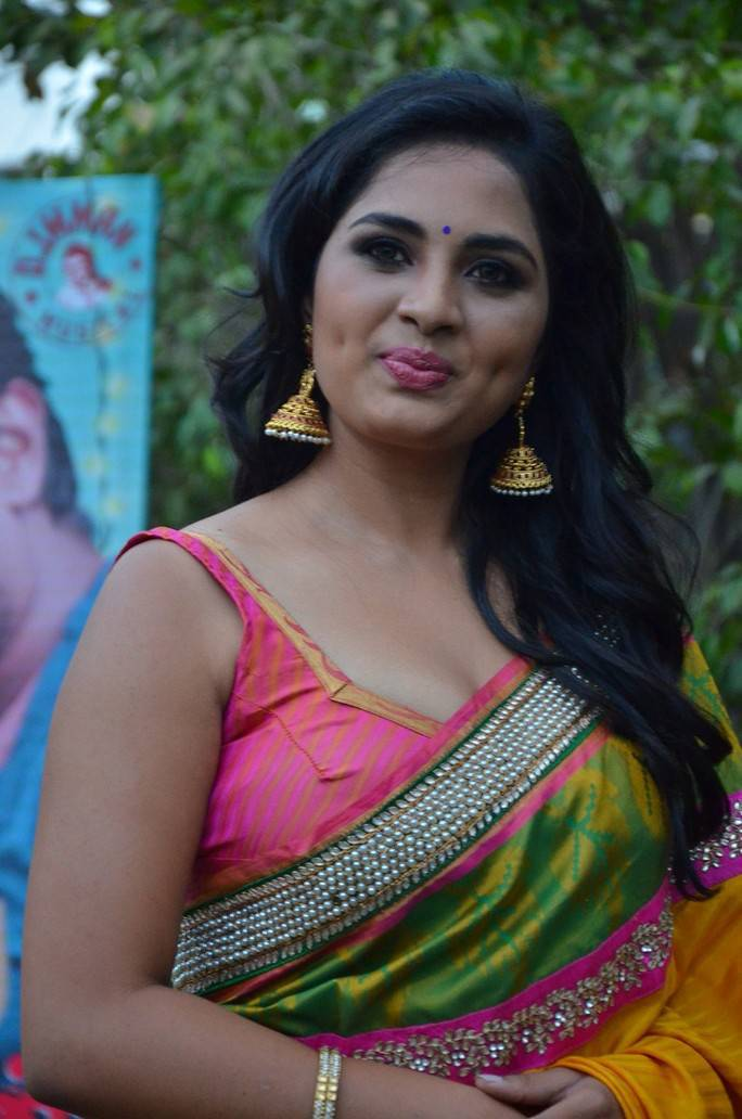 Srushti Dange and Regina Cassandra At Saravanan Irukka Bayamaen Press Meet