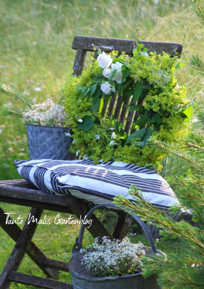 Kranz als Deko für den Sommergarten