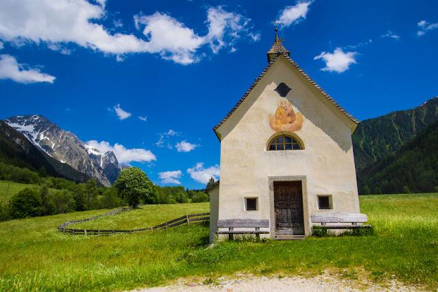 Die St. Josefskapelle - La chiesetta di San Giuseppa