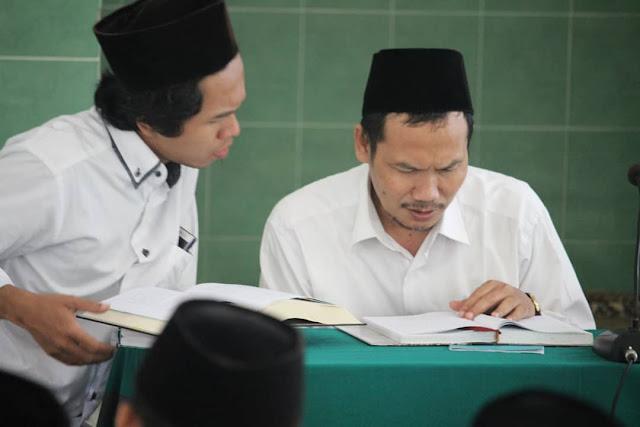 Ngaji Gus Baha; Menghafalkan dan Pelajari Surat Al-Mulk bisa Terhindar dari Siksa Kubur
