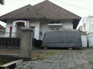 Ambulan berhantu di Bandung
