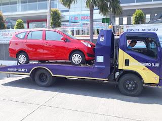 Pengiriman Mobil Menggunakan Towing Atau Yang Disebut Dengan Derek Gendong Dari Jakarta Sampai Indramayu.