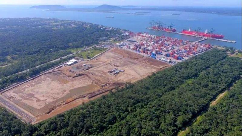 Porto Itapoá comemora dez anos de operação