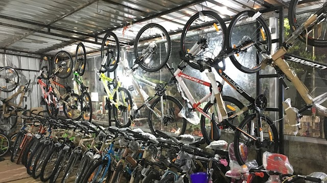 Cycle Stores - Shops, Bicycle Dealers in Shivpuri