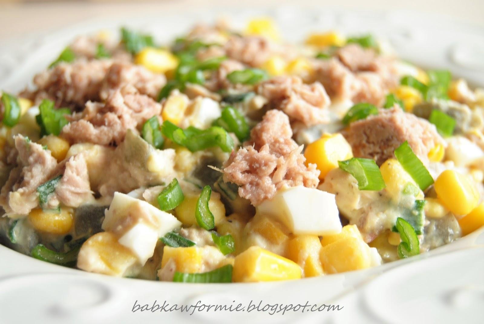 przystawki i przekąski sałatka z tuńczykiem babkawformie.blogspot.com