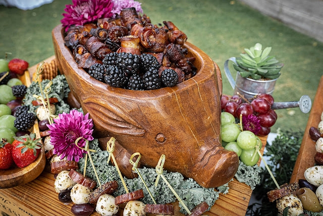 Cocktail food arrangement The Manor on St Lucie Crescent Wedding captured by Stuart Wedding Photographer Heather Houghton Photography
