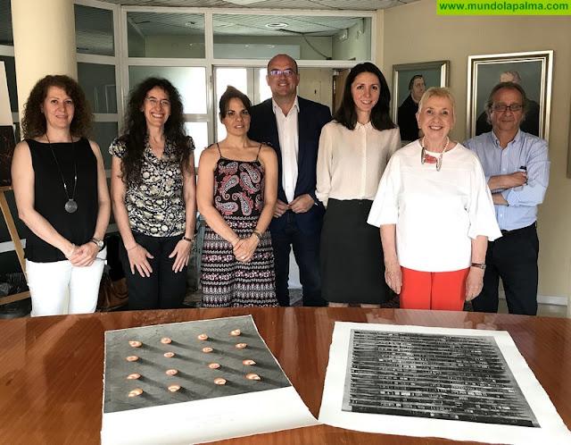 La artista polaca Anna Trojanowska obtiene el 'Premio Internacional de Arte Gráfico Carmen Arozena' del Cabildo de La Palma