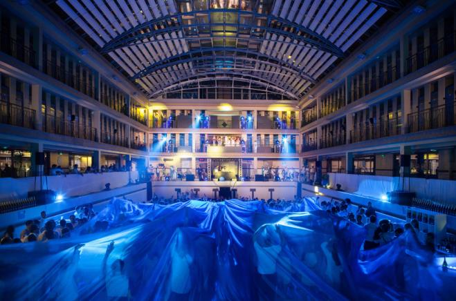 Concours 2x2 places pour la soir e underwater ii by wato - Piscine pailleron paris horaires ...