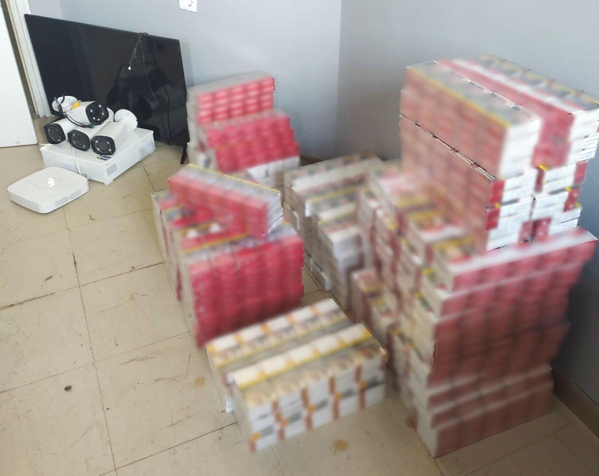 """Ξάνθη: Τον """"τσίμπησε"""" η ΕΛ.ΑΣ. με 1.300 πακέτα λαθραίων τσιγάρων"""