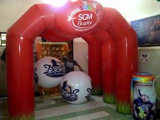 balon gate sgm yang di gunakan untuk acara indoor