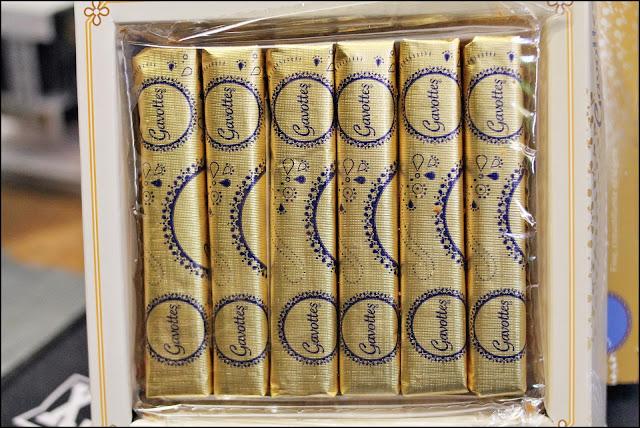 林公子生活遊記: 金樂絲 法式傳統薄脆 Gavottes HK 禮盒 香港 薄脆 鐵盒 海港城 182G 價格 價錢 法式小吃