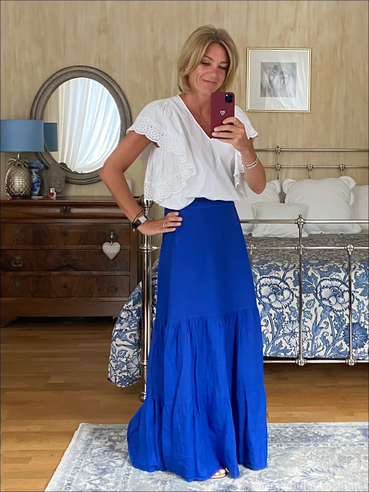 my midlife fashion, phase eight arvinder linen tiered maxi skirt, see by Chloe broderie anglaise blouse, havaianas slim fit gold metallic flip flops