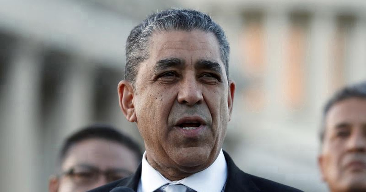 Espaillat explica senado está obligado a conocer alegatos para juicio político a Donald Trump