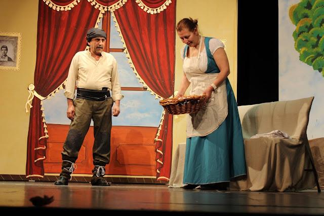 Με μεγάλη επιτυχία η πρεμιέρα της παράστασης «Με το Ζορ΄ Διατρός», που παρουσίασαν οι «Ακρίτες του Πόντου»