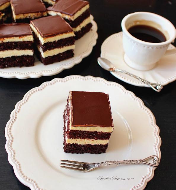 Ciasto Czekoladowe z Kremem Adwokatowym - Przepis - Słodka Strona