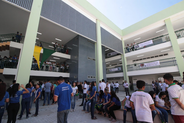 Cai para 5% a evasão escolar no ensino médio do Ceará