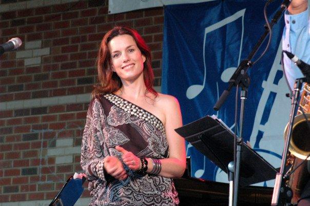 Carolyn Dan Leonhart Steely