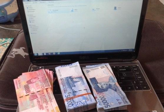 Simak, 5 Cara Mendapatkan Uang dari Internet