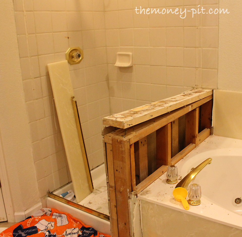 Master Bathroom Day 1&2: DEMO - The Kim Six Fix