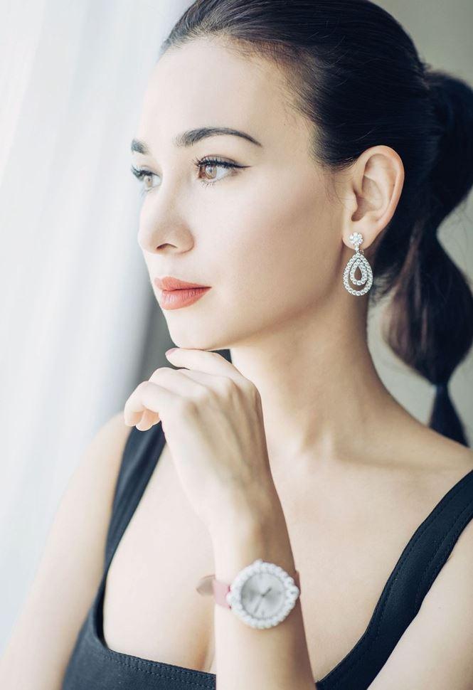 'Bông hồng lai' trong phim hành động của Ngô Kinh đẹp say lòng - Ảnh 2