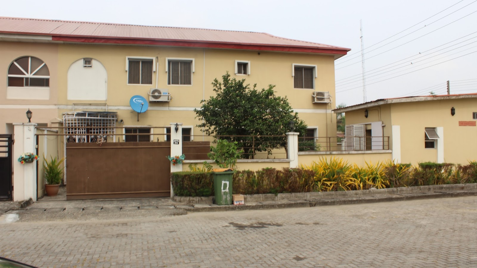 4 Bedroom Detached House with a Room BQ at Millenium Estate, Lekki ...