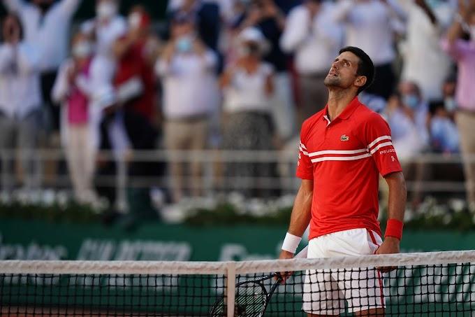 Tennis, Novak Djokovic trionfa al Roland Garros