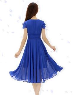 Vestido de gasa casual de manga corta, cuello V drapeado y falda de gran movimiento