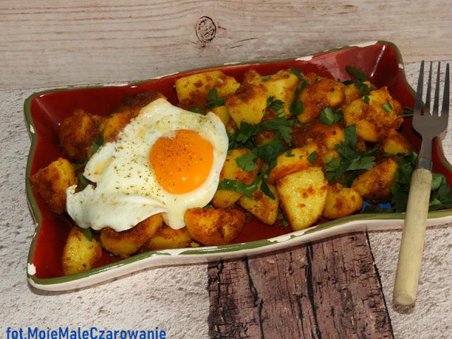 Marokańska sałatka ziemniaczana na ciepło  - CZYTAJ DALEJ