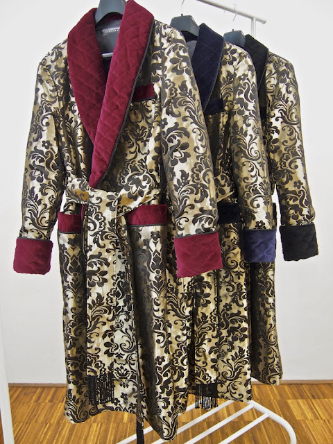 Mens luxury quilted silk robe paisley dressing gown