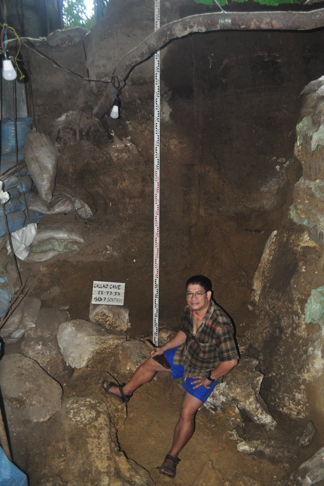 excavation pit, Callao Cave